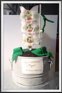 Gâteau pot d'orchidées Pots, Creations, Cake, Desserts, Orchid Pot, Pie Cake, Cakes, Deserts, Dessert