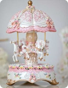 I think somehow I've fallen in love with carousels. I need to go thrift store shopping again, they always have the greatest antique ones. #shabbychic
