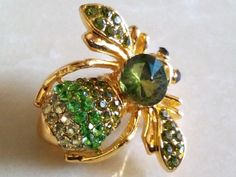 RHINESTONE BEE BROOCH-Adorable Figural by Jewel2Jewel on Etsy