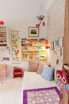 Cosy reading nook in kids room. New Home Checklist, Reading Nook Kids, Kids Room Design, Playroom Design, Little Girl Rooms, Boy Rooms, Kid Spaces, Kids Decor, Playroom Decor