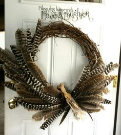 Antler Wreath, Feather Wreath, Feather Crafts, Feather Art, Turkey Feathers, Pheasant Feathers, Diy Wreath, Wreaths, Hunting Crafts