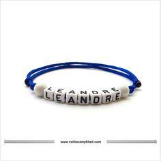 Bracelet personnalisé avec prénom LEANDRE Messages, Headphones, Bracelets, Bracelet Patterns, Special Person, Acrylic Beads, Ear Phones, Bracelet