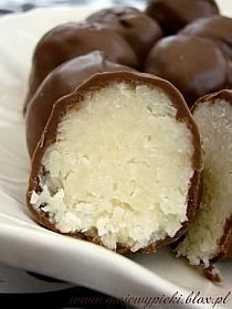na Cuisine - Zszywka. Types Of Desserts, No Cook Desserts, Delicious Desserts, Good Food, Yummy Food, Tasty, Chocolates, Sweet Little Things, Polish Recipes
