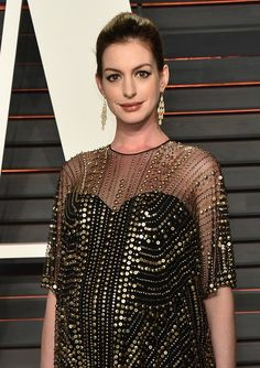 NEWS 8.4.2016 CONCURLATIONS&All BEST. ENJOY....Anne Hathaway Has Given Birth to a Baby Boy!