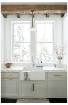Wood Kitchen Cabinets, Farmhouse Sink Kitchen, Kitchen Cabinet Colors, Kitchen Colors, Rustic Kitchen, Kitchen Countertops, Kitchen Design, Gray Cabinets, Kitchen Ideas