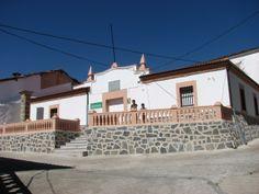 El antiguo ayuntamiento de Zarza de Granadilla.