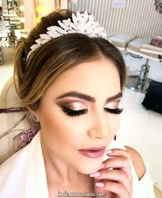 45 Wedding Make Up Ideas For Stylish Brides ❤ wedding makeup classical elegant. - - 45 Wedding Make Up Ideas For Stylish Brides ❤ wedding makeup classical elegant in peach tones with black arrows makeup. Wedding Eye Makeup, Natural Wedding Makeup, Bridal Hair And Makeup, Wedding Hair And Makeup, Makeup For Brides, Bride Eye Makeup, Dramatic Wedding Makeup, Wedding Makeup For Brunettes, Prom Makeup