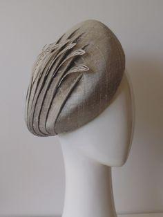 Turbans, Fascinator Hats, Fascinators, Headpieces, Fancy Hats, Wearing A Hat, Love Hat, Hat Hairstyles, Hat Making