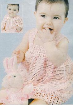 Robe rose pour fillette et sa grille gratuite !  - Modèles pour Bébé au Crochet