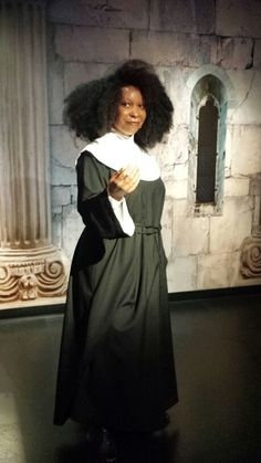 Wax Whoopi Goldberg All Jokes, Whoopi Goldberg, Black Actresses, Lights Camera Action, Celebrity Portraits, Best Actress, Cinema, American Actress, Comedians