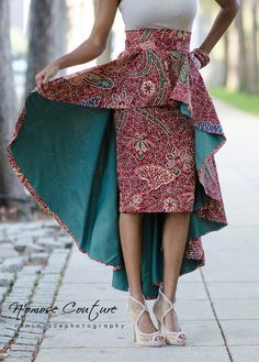 Ohh that double skirt! Africans. i love ya! ~m  La jupe de Ivie High Low par NomoseCouture sur Etsy ~Latest African Fashion, African Prints, African fashion styles, African clothing, Nigerian style, Ghanaian fashion, African women dresses, African Bags, African shoes, Kitenge, Gele, Nigerian fashion, Ankara, Aso okè, Kenté, brocade. ~DK