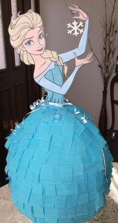 Elsa Frozen Pinata Plus Disney Frozen Party, Frozen Pinata, Frozen Themed Birthday Party, Disney Princess Party, Frozen Princess, Elsa Birthday Party, 5th Birthday Party Ideas, Girl Birthday, Frozen Party Activities