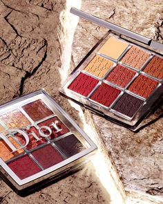 Dior BACKSTAGE Eyeshadow Palette: An all-in-one eyeshadow and primer palette with eight blendable shades in matte and shimmer finishes.