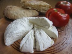 Kulac is a traditional albanian bread which can eat with cheese and tomato