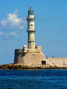 TRAVEL'IN GREECE I #Hania lighthouse, #travelingreece
