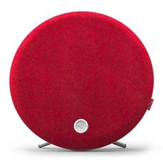 Libratone's Loop speaker wraps AirPlay, PlayDirect and DLNA in wool