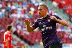 BLOG: Liderados por Podolski, atletas do Inter de Milão participam de sessão de fotos +http://brml.co/1Md92BO