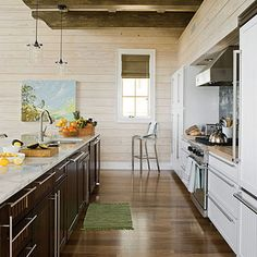 A beautiful layout & design for a galley kitchen http://www.houzz.com/photos/49313/Kitchen-eclectic-kitchen-birmingham