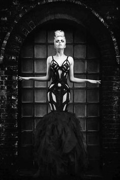 AVANT GARDE HAUTE COUTURE | purrsz: Avant garde meets haute couture meets lite BDSM fashion. All ...