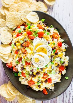 Tex Mex Potato Salad - a classic potato salad gone wild. This is what happens when you take your favorite potato salad and add things to it like chipotle peppers, corn and black beans. Cauliflower Breadsticks, Cheesy Cauliflower, Tex Mex, Egg Macaroni Salad, Classic Potato Salad, Jo Cooks, Healthy Salad Recipes, Delicious Recipes, Tasty