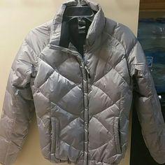 Authentic North Face Ladies Puffer 550