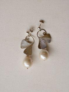 Ginko earrings in sterling silver with large di calcagninigioielli, $185.00