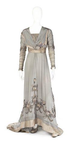 Dress, 1900-1910, worn by Irma (Ingeborg Matilda) von Geijer.  Hallwylska museet.