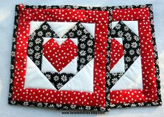 Heart Pot Holders Black and Red Pot Holders Set by twistedsticks,