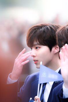 #WOOSHIN #우신 #KIMWOOSEOK #우석 #UP10TION #우신텐션 #PRODUCE_X_101 #프로듀스X101 Produce Stand, Produce 101, Daejeon, Lee Dong Wook, Up10tion Wooshin, Love U Forever, Cute Little Baby, Mingyu, Good Looking Men