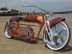 Ola amigos...hoje a bike do dia é uma das mais belas que ja vi...a insana tomahawk! Abrax a todos !