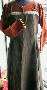 Kara's Hangarok (Apron Dress) Pattern #apron #avental