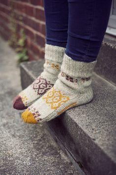 """Can't wait to start wearing socks again! So many cute pairs to choose from~! Autumn mosaic"""" Natural hand knit wool socks for women. Wool socks MADE TO ORDER Knitting Socks, Hand Knitting, Knit Socks, Finger Knitting, Cozy Socks, Fluffy Socks, Sock Shoes, Pulls, Look Fashion"""