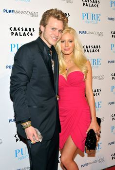 "Pin for Later: Celebrities Who Pulled Off Secret Weddings Heidi Montag and Spencer Pratt Reality TV stars Heidi Montag and Spencer Pratt ""secretly"" eloped in Mexico in 2008 with Us Weekly there to capture it all."