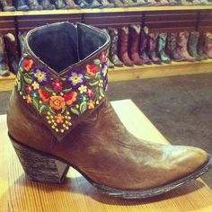 Old Gringo Cowgirl Boots at RiverTrail in North Carolina. Mini Sora Brass. #flowers #booties #fashion #cowgirlboots