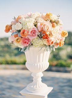 Ceremony arrangement. Soft and peach color.