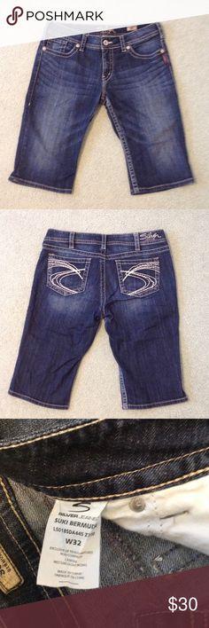 Silver Jeans Suki Bermuda shorts size 32. Dark wash Silver Jeans Bermuda Shorts.  Like new! Silver Jeans Shorts Bermudas