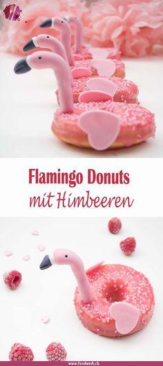 Mögt ihr auch gerne Flamingos? Dann nichts wie rüber auf den Blog. Dort gibt es diese leckeren Donuts mit Jogurt und frischen Himbeeren im Flamingo Style. Sommerlich, luftig und erfrischend.