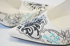 d0db519c486a7a Items similar to Wedding Shoes - Bridal Shoes - Hand painted Heels- Bridal  Couple on Etsy