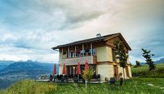 Un hotel ecológico de paja en los Alpes
