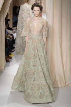Haute Couture Spring 2015 Παρίσι: ο παραμυθένιος κόσμος του Valentino - gamos.gr #wedding #gamos
