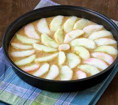 Apple Cake With Vanilla Custard Sauce
