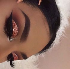 Brown, copper glitter eyeshadow
