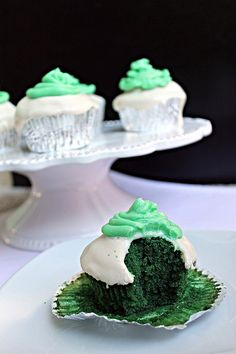 Green Velvet Creamcheese Cupcakes with Mint Buttercream