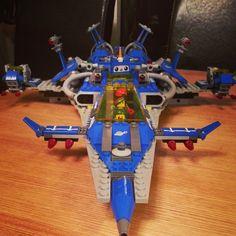 Christmas present I got for @anotherlucienc is awesome #lego #spaceshipspaceshipSPACESHIP
