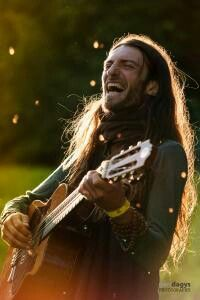 https://www.facebook.com/estastonnemus... Estas Tonne Music. Strings and Stories of a Troubadour.  Check him out on youtube. I love his energy . Flught of the Golden Dragon is on of my favorites. I could watch him for hours. Like meditation.