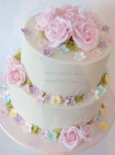 Pastel Wedding - Cake by Shereen - CakesDecor