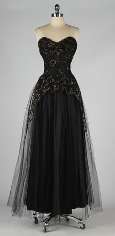 1950s black tulle metallic embroidered dress. Perfect over a corset!