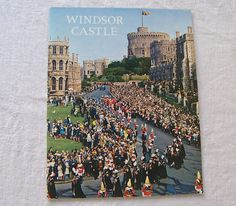 Vintage Windsor Castle Travel Guide Souvenir Booklet Pitkin