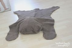Hey everyone! Due to popular request, the first tutorial I will be sharing form June's Rustic Room , is this adorable bear rug!
