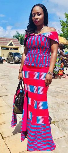 Kente Styles Mixed With Lace Attires For African. kente styles with lace fabrics have always created Ghana Dresses, Long African Dresses, Kente Dress, Latest African Fashion Dresses, African Print Dresses, African Print Fashion, African Wedding Attire, African Attire, African Wear